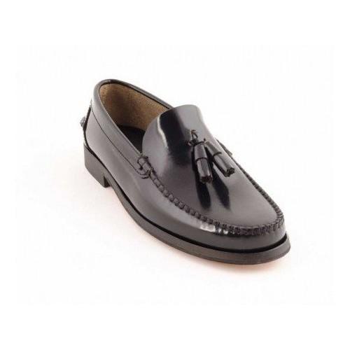 Zapato Castellano Negro Con Borlas Suela De Cuero
