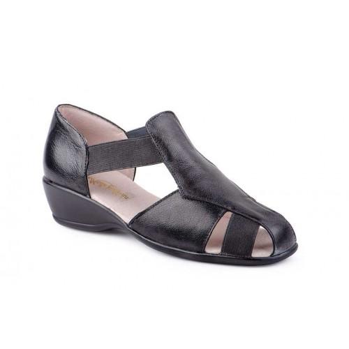 Sandal Woman Roman Black Leather